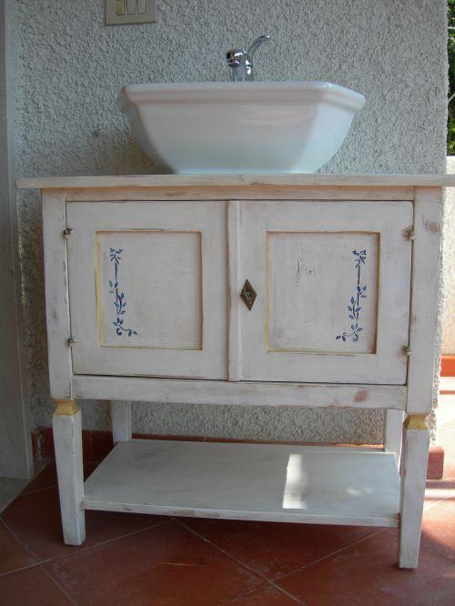 Mobili bagno arte povera milano  My-Rome...